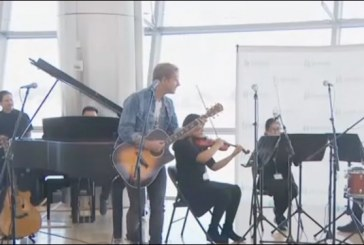 Switchfoot Performs Surprise Concert in San Diego Airport